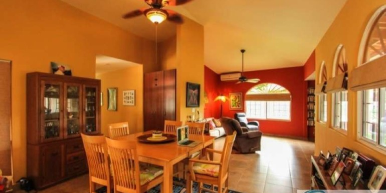 Coronado-Golf-House-For-Sale-Panama29