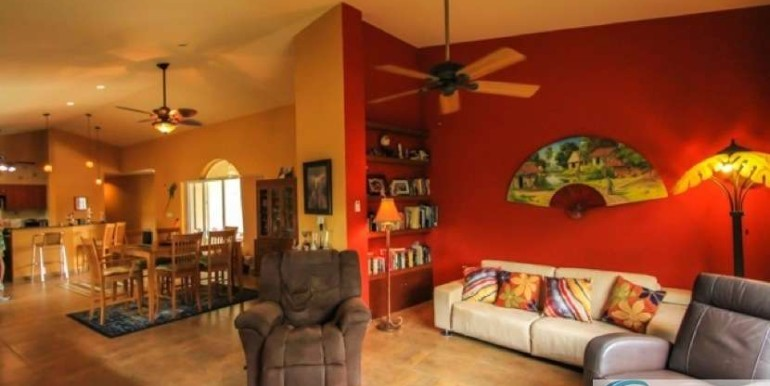 Coronado-Golf-House-For-Sale-Panama37