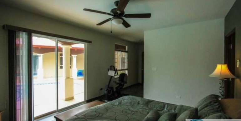 Coronado-Golf-House-For-Sale-Panama5