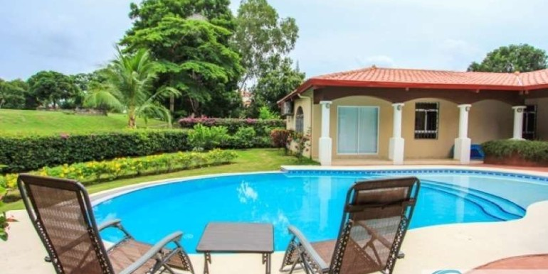 Coronado-Golf-House-For-Sale-Panama58
