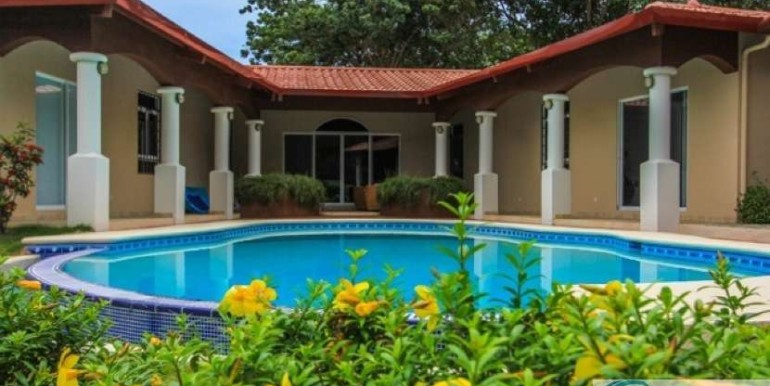 Coronado-Golf-House-For-Sale-Panama66