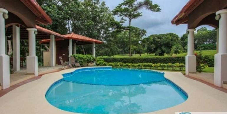 Coronado-Golf-House-For-Sale-Panama73