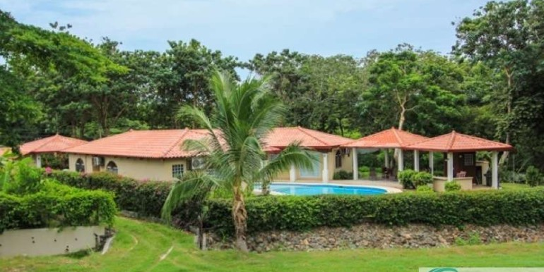 Coronado-Golf-House-For-Sale-Panama90