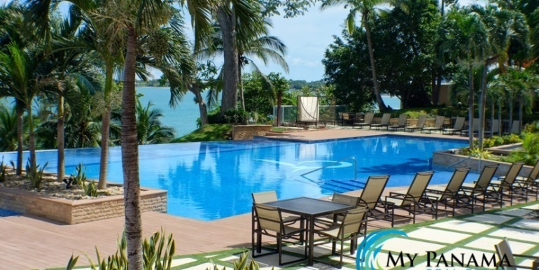 Bahia-Gorgona-Panama-Condo-for-pool7