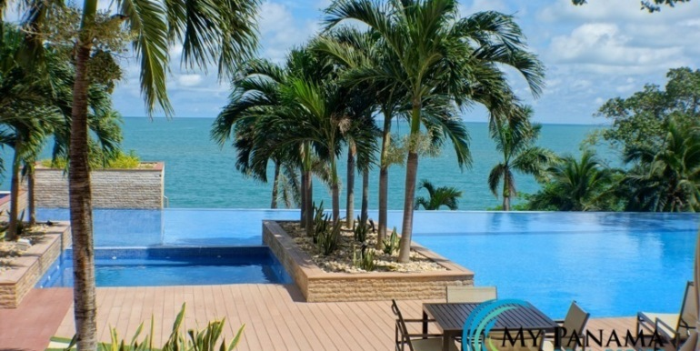 Bahia-Gorgona-Panama-Condo-for-pool8