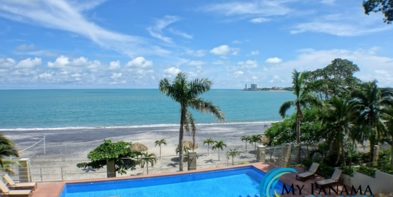 Bahia-Gorgona-Panama-Condo-for-sale-pool6
