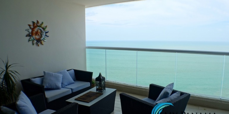 For-Sale-Panama-Bahia-Condo-for-patio2