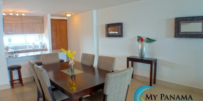 For-Sale-Panama-Bahia-Condo-for-sale-Dining