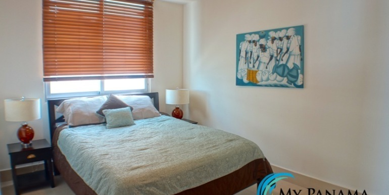 For-Sale-Panama-Bahia-Condo-for-sale-bed 2