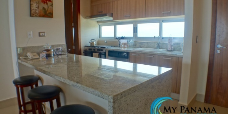For-Sale-Panama-Bahia-Condo-for-sale-kitchen