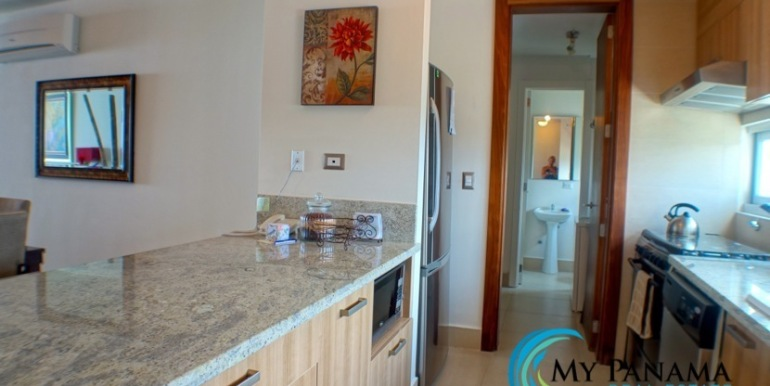For-Sale-Panama-Bahia-Condo-for-sale-kitchen2