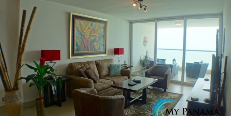 For-Sale-Panama-Bahia-Condo-for-sale-living