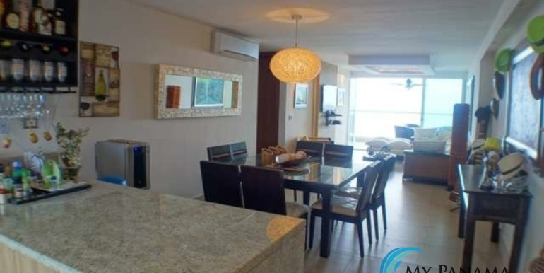 Bahia-Condo-for-sale-Gorgona-Panama-Dining-living