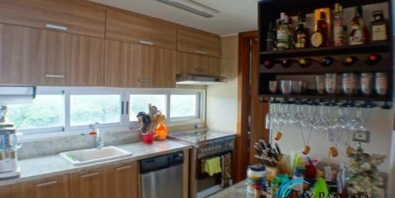 Bahia-Condo-for-sale-Gorgona-Panama-Kitchen
