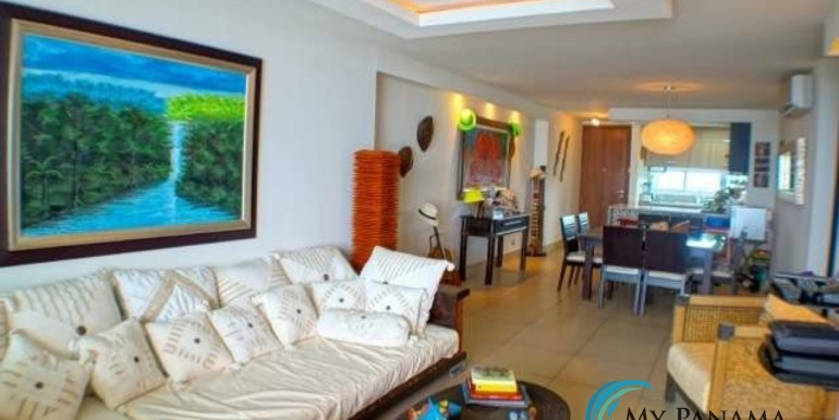 Bahia-Condo-for-sale-Gorgona-Panama-Living-DIning-Kitchen