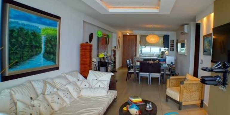 Bahia-Condo-for-sale-Gorgona-Panama-Living-to-Kitchen2