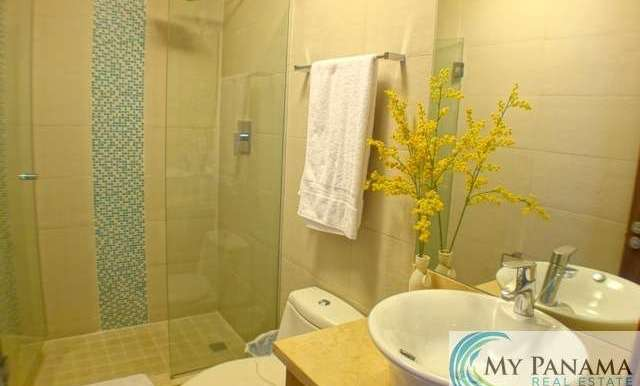 Bahia-Gorgona-Panama-Condo-for-sale-bath2