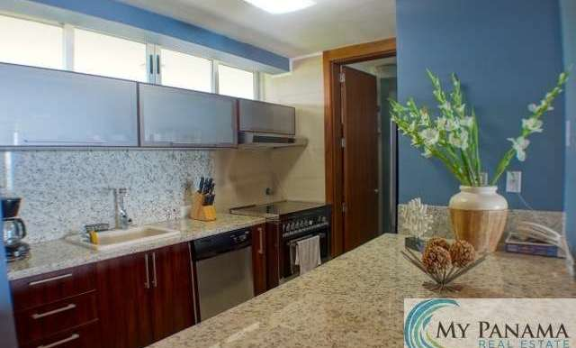 Bahia-Gorgona-Panama-Condo-for-sale-kitchen2