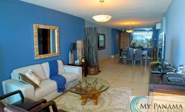 Bahia-Gorgona-Panama-Condo-for-sale-living
