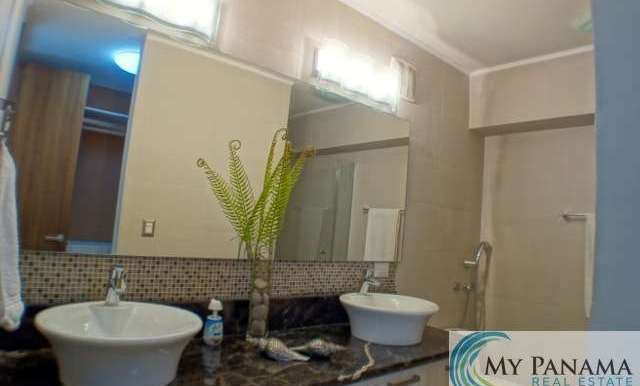 Bahia-Gorgona-Panama-Condo-for-sale-master-bath