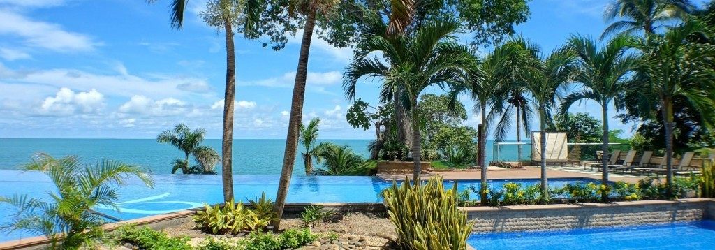 Didn't You Always Want a Model on the Beach?  Gorgeous Condo in Bahia, Gorgona, Panama