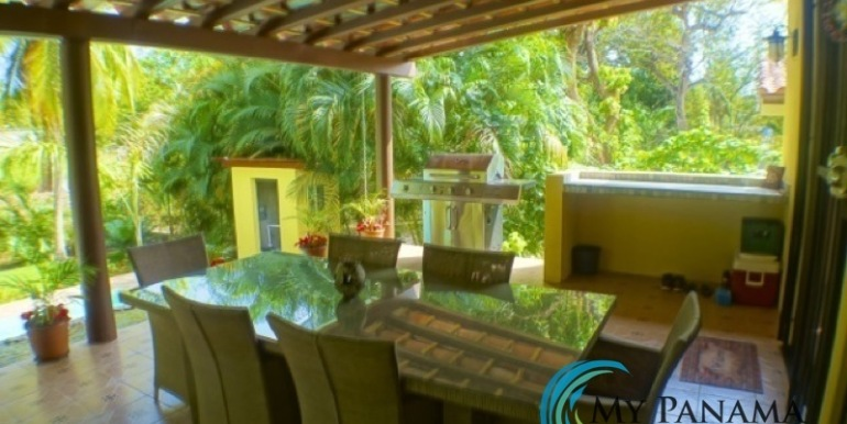 Coronado-Panama-House-for-sale-Covered Terrace