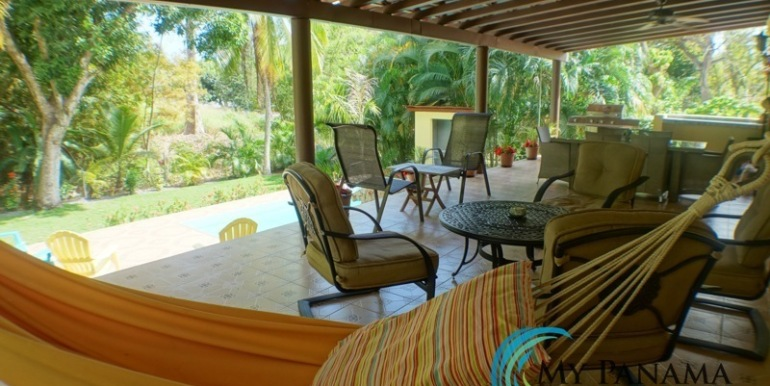 Coronado-Panama-House-for-sale-patio-hammock