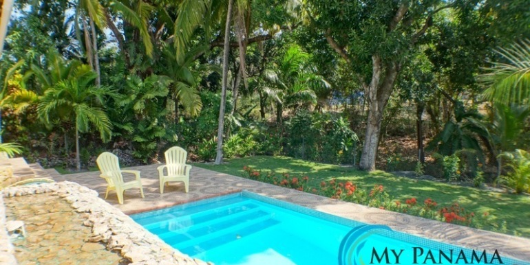 Coronado-Panama-House-for-sale-pool-waterfall