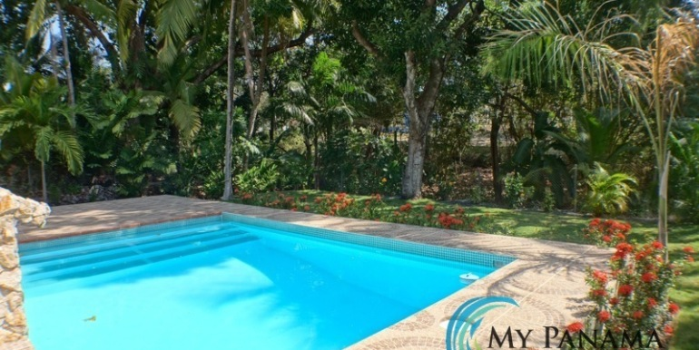Coronado-Panama-House-for-sale-pool2