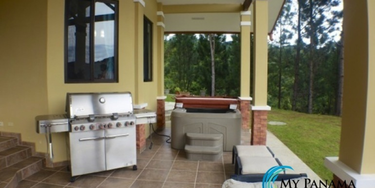 For-Sale-Altos-Panama-BBQ