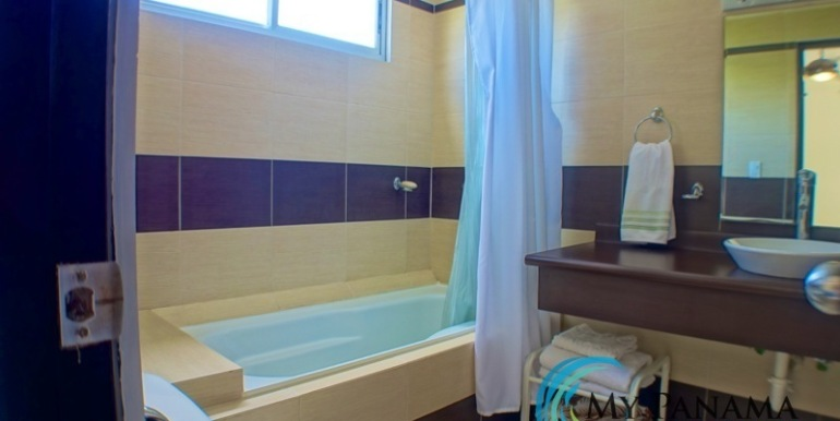 For-Sale-Condo-Loft-Gorgona-Master-Bath