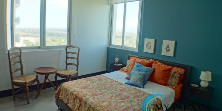 For-Sale-Condo-RioMar-Panama-Bed coral