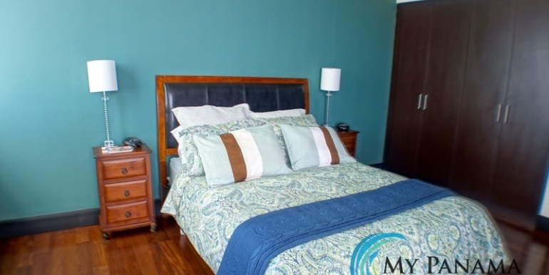 For-Sale-Condo-RioMar-Panama-Bed3