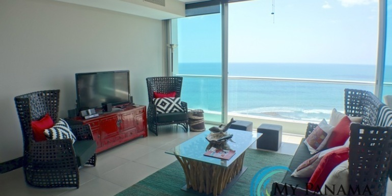 For-Sale-Condo-RioMar-Panama-Living