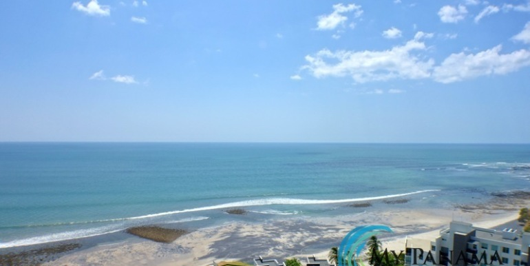 For-Sale-Condo-RioMar-Panama-View from balcony