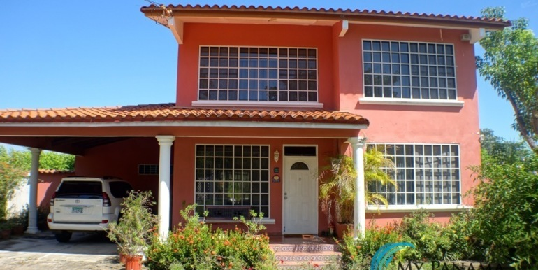 For-Sale-Coronado-House-Front of home and carport