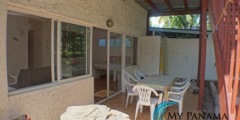 For-Sale-Gorgona-Costa-Grande-Back-Patio