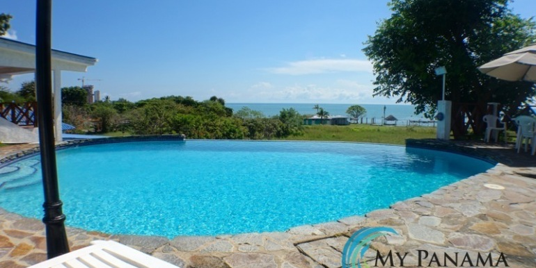 For-Sale-Gorgona-Costa-Grande-Pool-View
