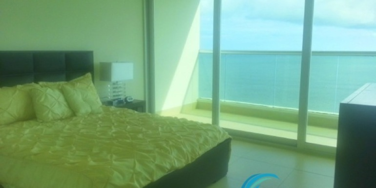 For-Sale-Gorgona-Panama-Bahia-Master-Bedroom