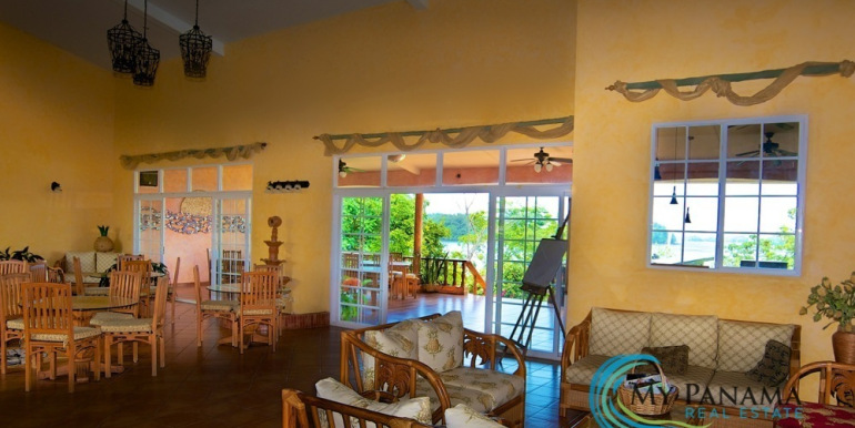 For-Sale-Hotel-BocaChica-Dining2