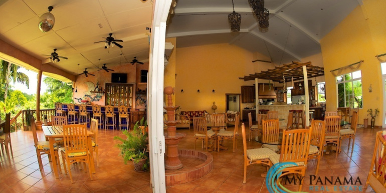 For-Sale-Hotel-BocaChica-Diningroom