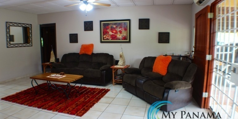 ForSale-TheCatDenTeam-MPRE-Cabuya-house-Indoor-sitting