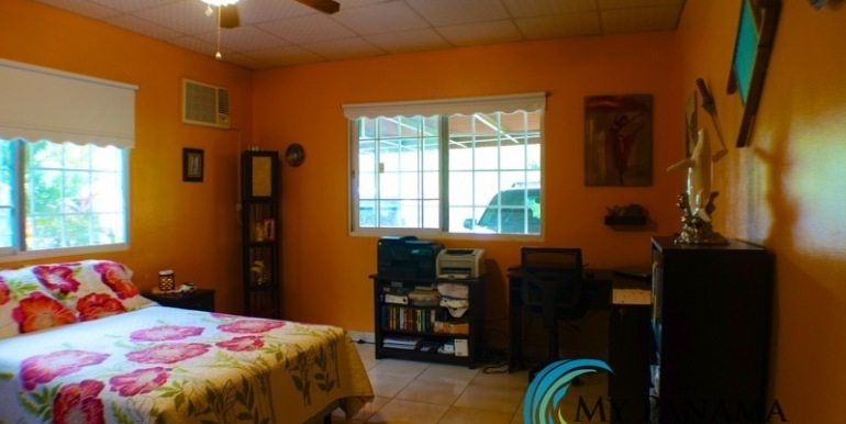 ForSale-TheCatDenTeam-MPRE-Cabuya-house-bedroom2a