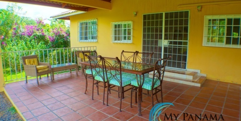 ForSale-TheCatDenTeam-MPRE-Cabuya-house-ourdoor-dining2