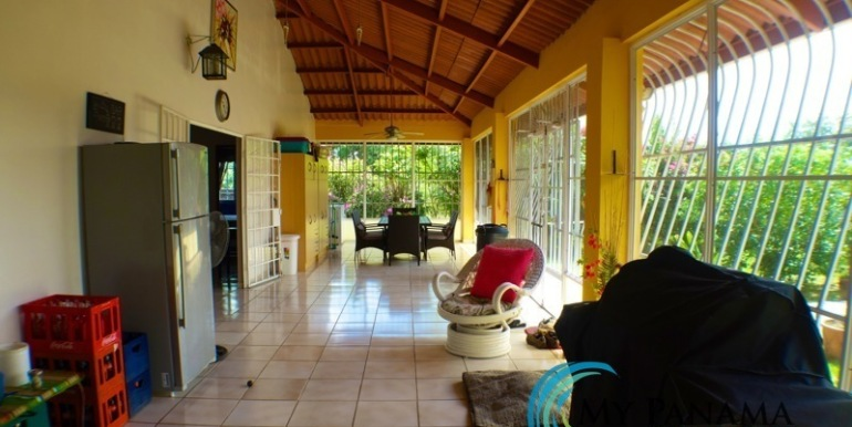 ForSale-TheCatDenTeam-MPRE-Cabuya-house-outdoor-patio