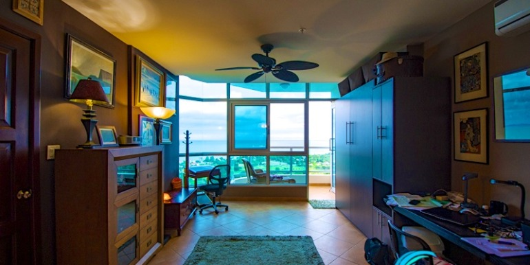 Coronado Coronado Golf Condo for sale Panama-13