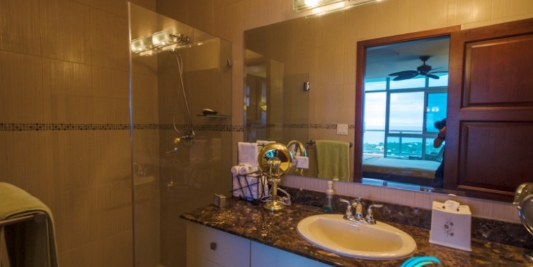 Coronado Coronado Golf Condo for sale Panama-18