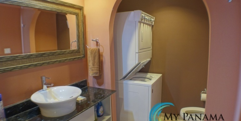 For-Sale-Coronado-Bay-Condo-MPRE-laundry