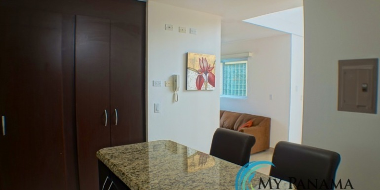 For-Sale-Gorgona-Condo-Brisas-de-Malibu-MPRE-Kitchen-Bar