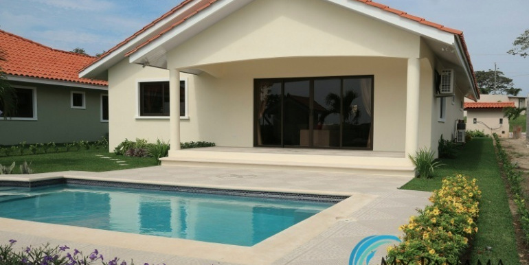 Home-For-Sale-Panama-Azura-Custom-Pool